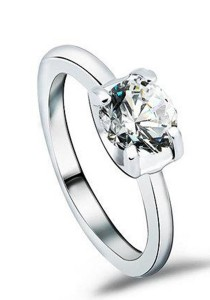 OUXI Swarovski Zirconia Diamond Love Ring (Size 10)
