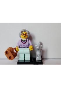 LEGO MINIFIGURE Series 11-14 Grandma