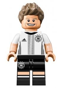 LEGO GERMAN DFB MINIFIGURE-9 Thomas