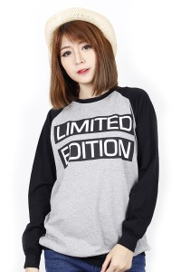 Long Sleeve Graphic Tee - M722 (Black)