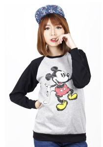 Simple Casual Printing Long Sleeve Tee (Black)