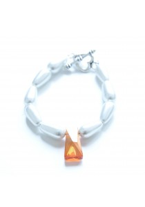 Classy Girl Pearl Bracelet Handmade by Shirleen Jeweliciouss