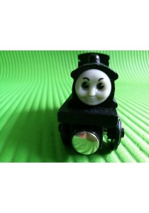 Magnetic Wood Train - Douglas Black