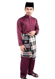 W.A Clothing Aeril Maroon