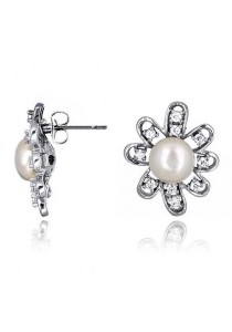 Amorette Fresh Water Pearl Earrings