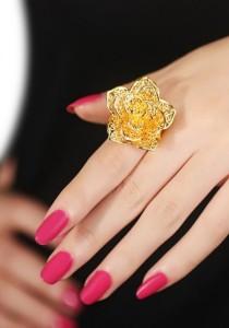 Arche Romantic Flower Carved Adjustable Fashion Designer Gold Ring (Gold)