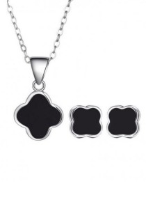 Arche Clover Stud Stainless Steel Necklace & Earrings Set