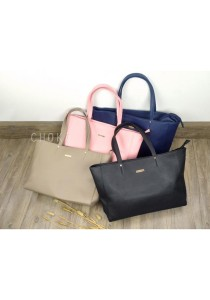5124 Choki Signature Classic Handbag