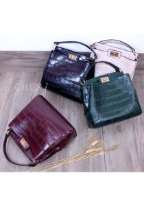 Choki Signature Elegant Handbag with Sling 6008