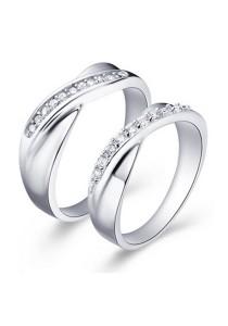 Vivere Rosse Vow 18K White Gold Plated Ring CR0011