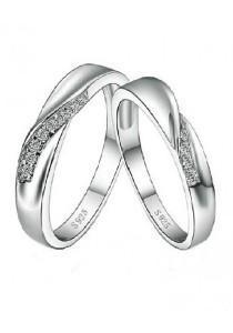 Vivere Rosse Journey of Love 925 Sterling Silver Couple Rings (Female Ring) CR0027