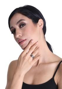 Gordonmax Black Enamel Ring AZR0306