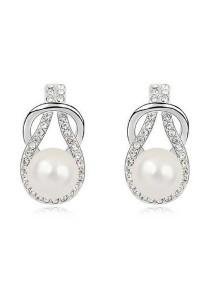 Vivere Rosse Sweet Talks Pearl Stud Earrings (Silver) JE0042