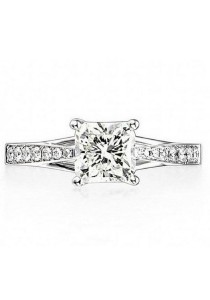 Vivere Rosse Charlotte 925 Sterling Silver Simulated Diamond Ring (Silver) JR0022
