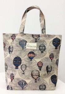 Queen And Cat Waterproof Bucket Bag (Hot Air Balloon)