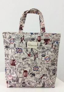 Queen And Cat Waterproof Bucket Bag (London Street)