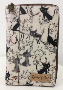 Queen And Cat Waterproof Notepad Organizer Wallet (Black and White Cats)