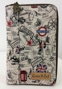 Queen And Cat Waterproof Notepad Organizer Wallet (London Street)