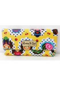 Queen And Cat Waterproof 3 Folds Wallet with Buckle (Yellow Cake with Lady)