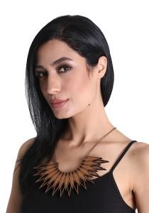 Salute Salma Sulam Tari Wood Necklace