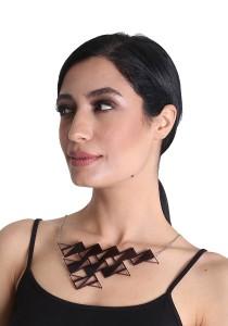 Salute Salma Ombak I Acrylic Necklace