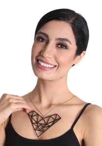 Salute Salma Lovetric Acrylic Necklace