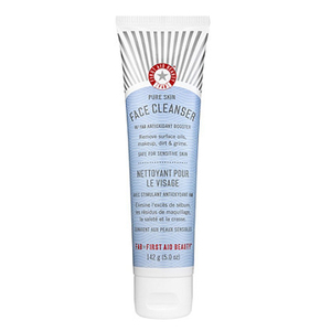 Face Cleanser First Aid Beauty Skincarisma