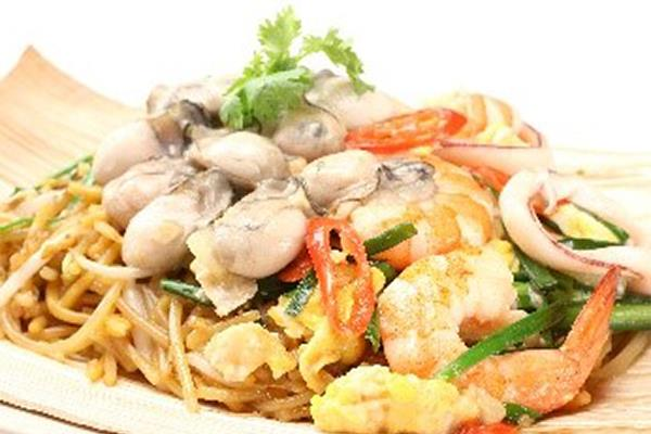 X.O.(加蚝)福建面 X.O. (extra oyster) Hokkien Mee