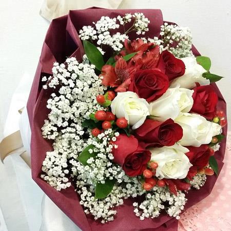 Hand Bouquet 38