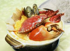 Crab with Seafood (Spicy) 龙虎会