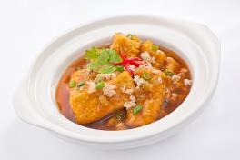 Claypot Homemade Beancurd with Minced Pork 莱香豆腐