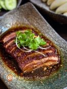 扣肉包 Kong Bak Pau (Braised Pork Buns) (6 pieces)