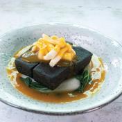 Bamboo Charcoal Beancurd with Mushroom <br> 野菌扒炭豆腐