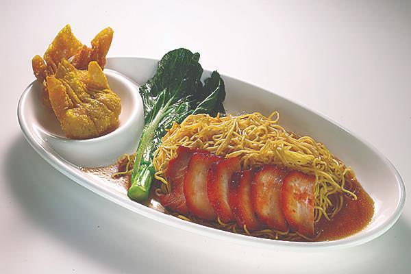 👍 303 明虾角叉烧面干/汤 Char Siew Crispy Shrimp Dumpling Noodle