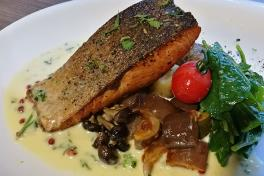 Grilled Salmon with Butter sauce 👍