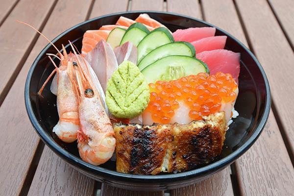Donburi (Rice/Porridge bowl)