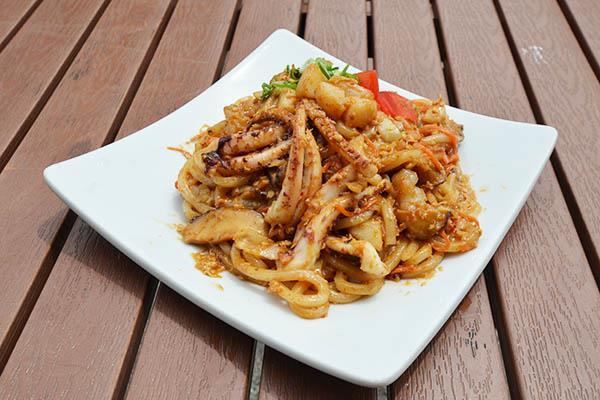 Udon (Noodles)