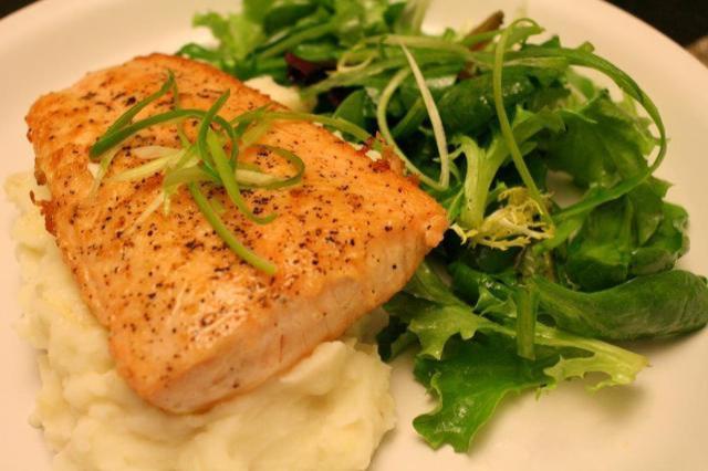 Pan Fried Salmon w/ Mashed Potato & Salad