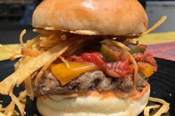 EL CUBANOS Specialty Burgers