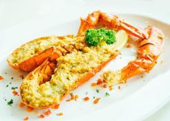 Signature Garlic Lobster 招牌蒜蓉龙虾