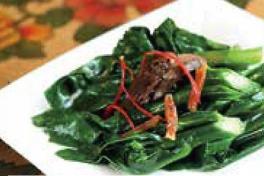 Stir-Fried Kai Lan with Dried Flounder  铁脯芥兰