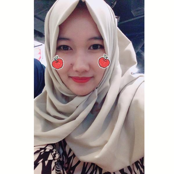 Niken Dyah Rahmawati Dewi