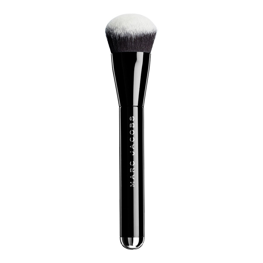 Marc Jacobs Sculpting Powder Foundation Brush 2