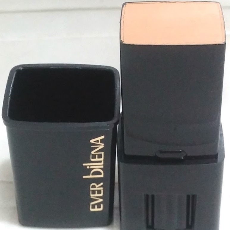 Daiso Ever Bilena Stick Foundation