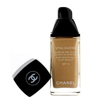 Chanel Vitalumiere Fluide Makeup