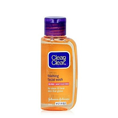 Clean & Clear Foaming Face Wash