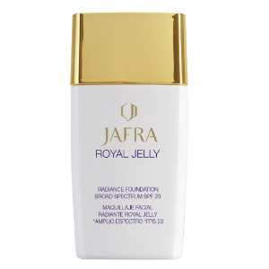 JAFRA Royal Jelly Radiance Foundation Broad Spectrum SPF 20 - Nude