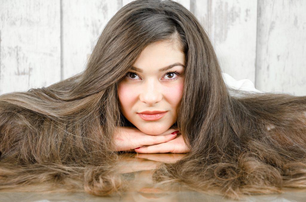 rambut lebat dengan ramuan alami