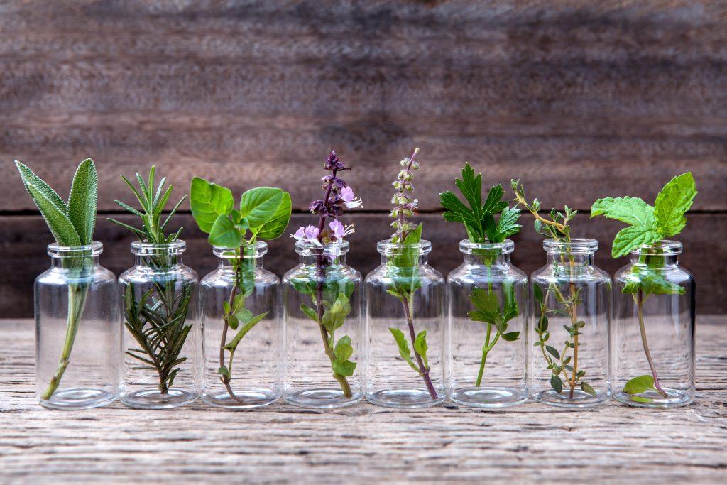 Perawatan tubuh dengan minyak esensial