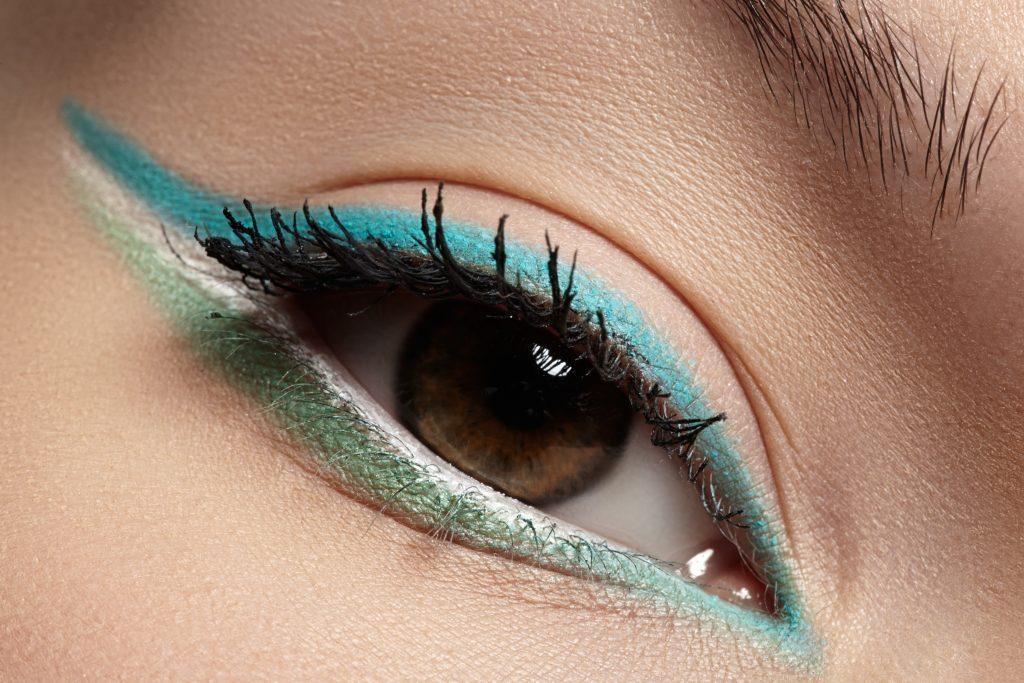 trik makeup mata